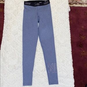 NWT Nike Victory Baselayer Tight Fit Legging - XS